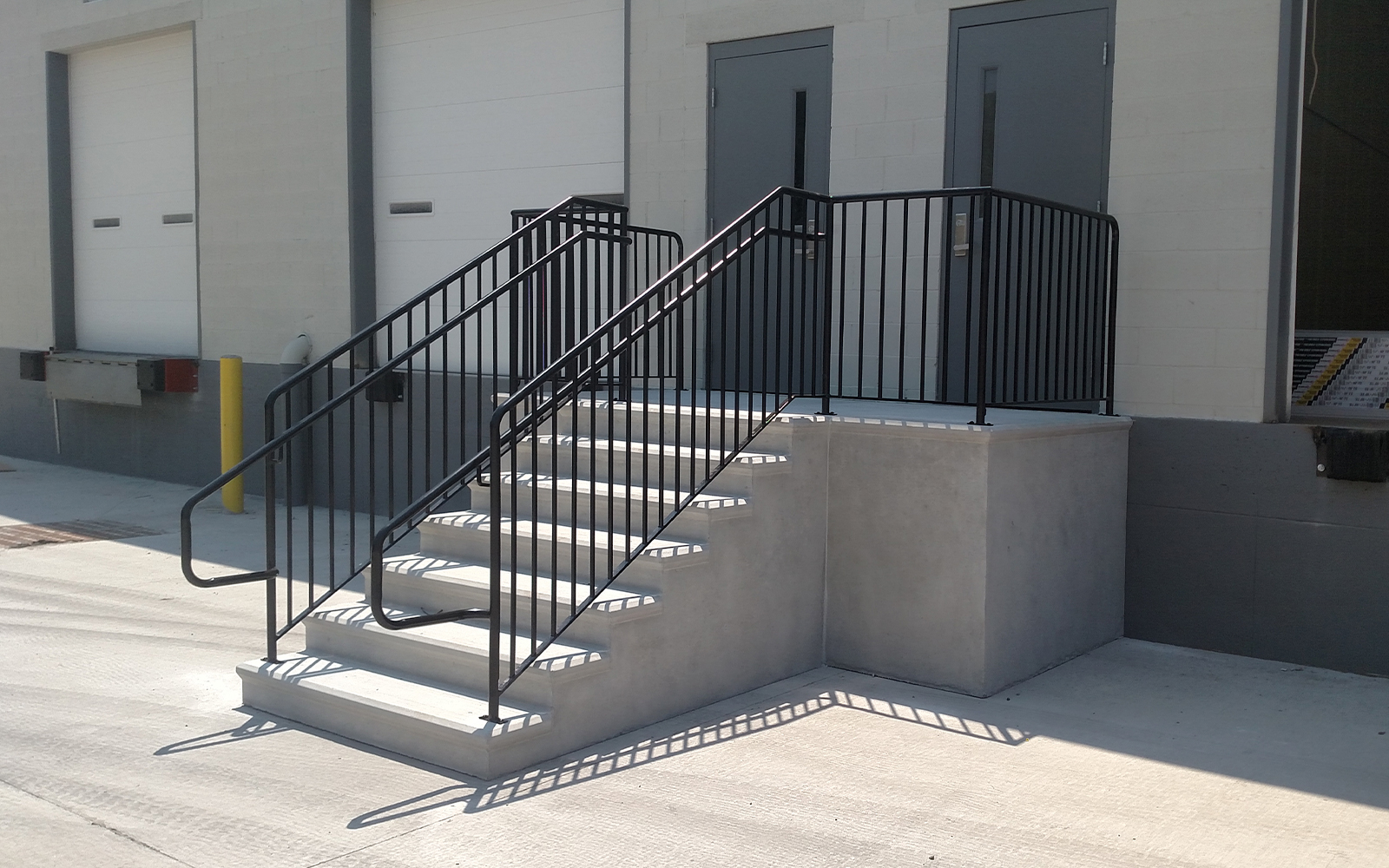 stair-and-platform-railing