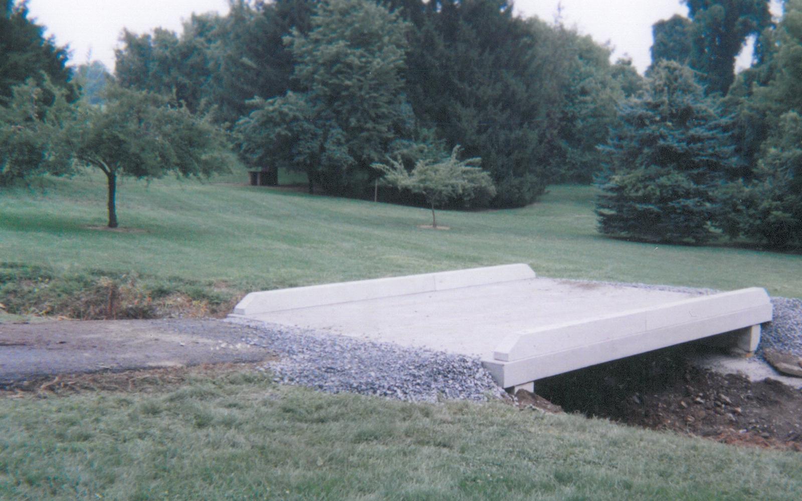 custom-concrete-bridge