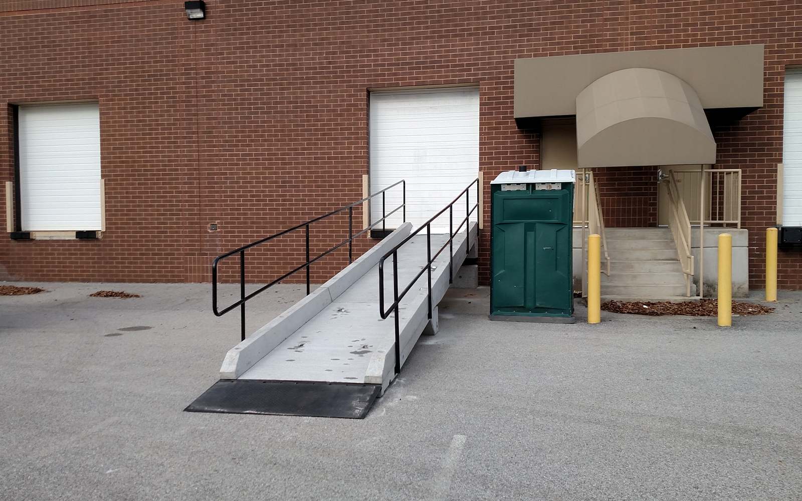 concrete-loading-dock