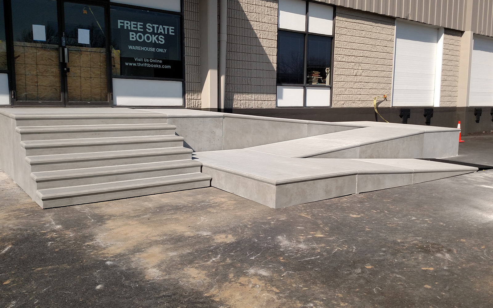 concrete-ramp-with-steps