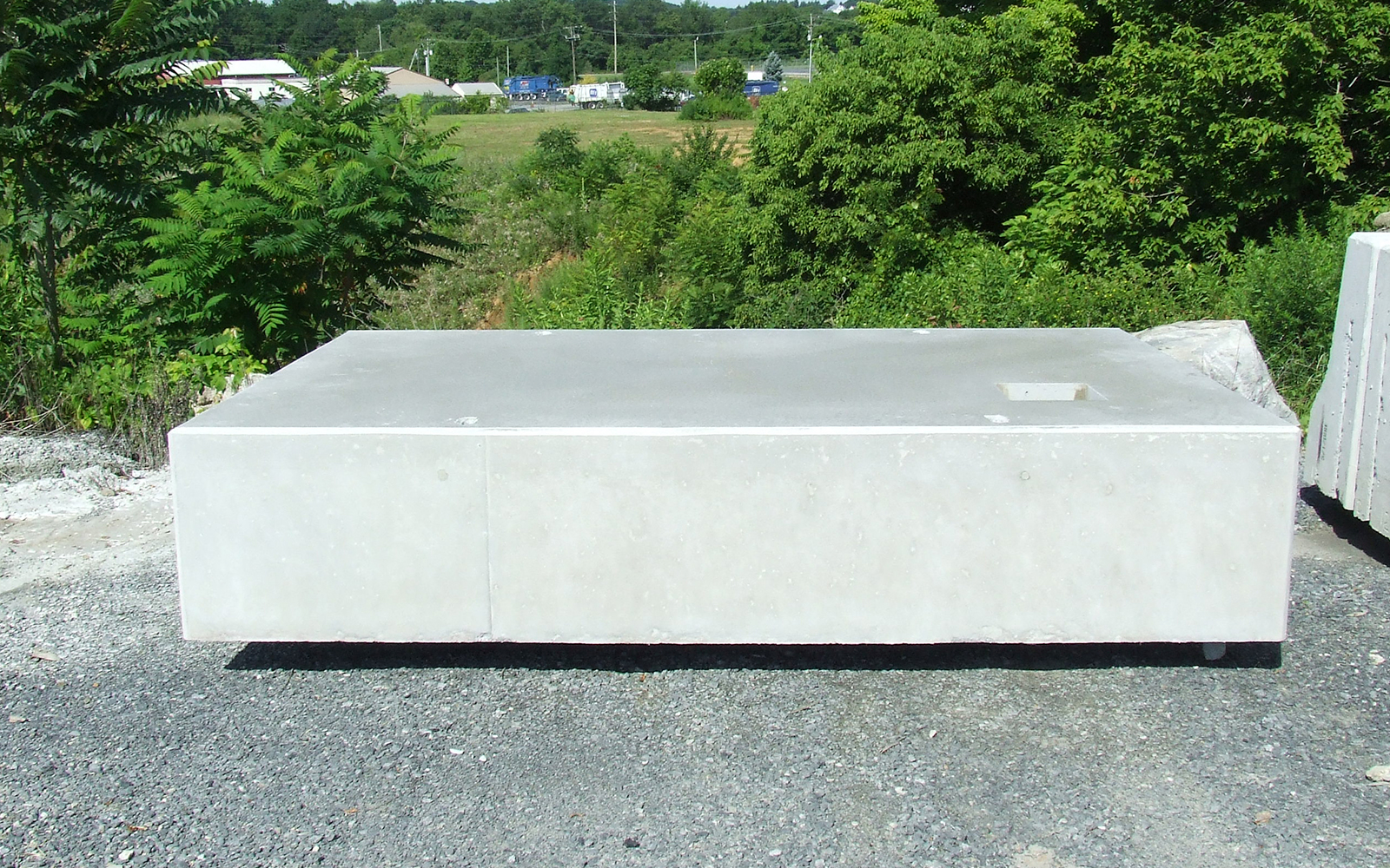 custom-concrete-amtrack-box