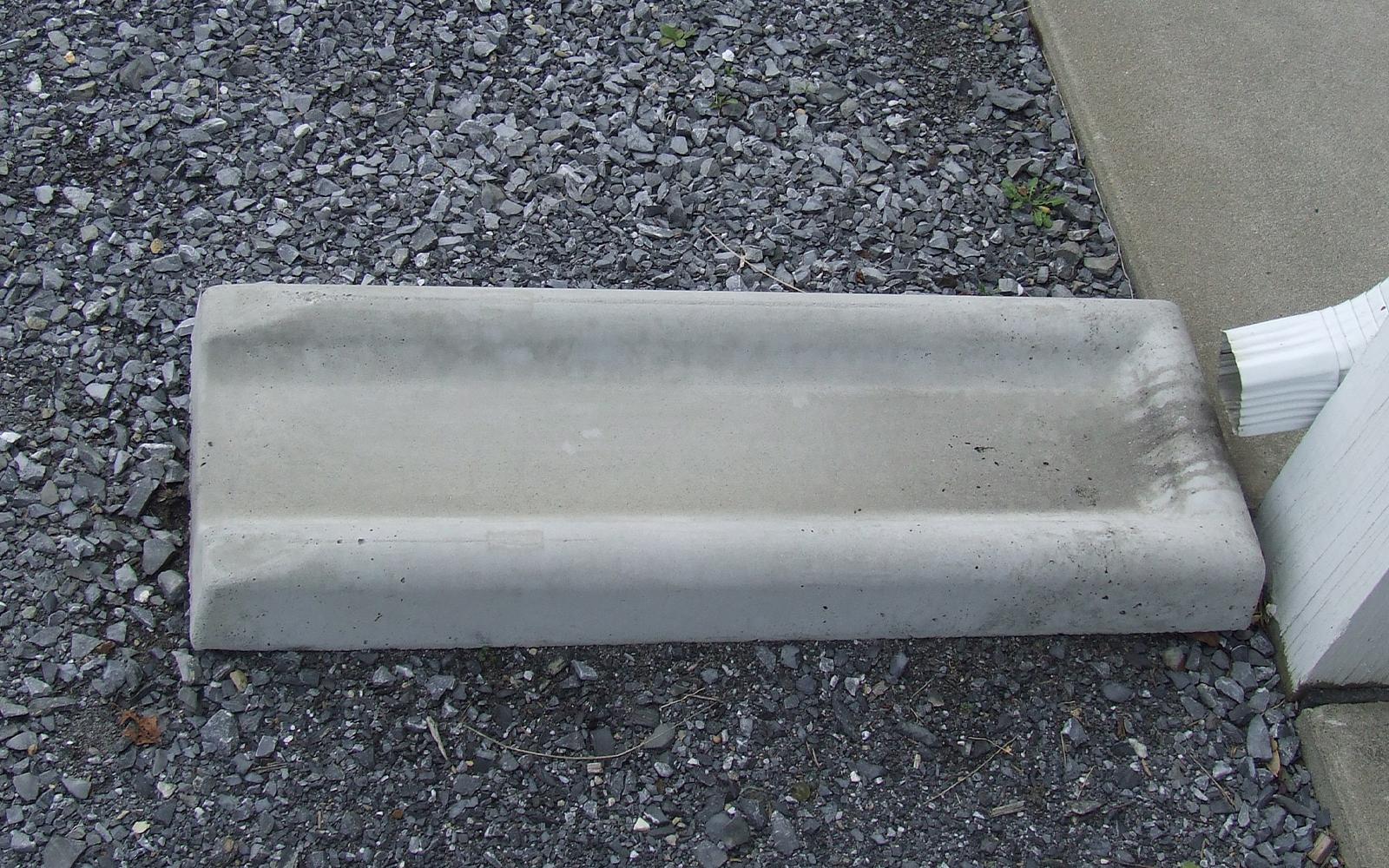 custom-concrete-splash-block