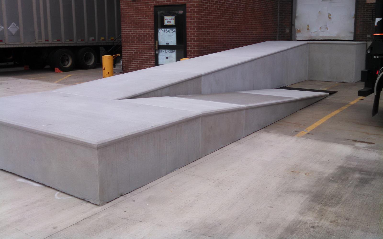 precast-concrete-loading-ramp-redi-ramp