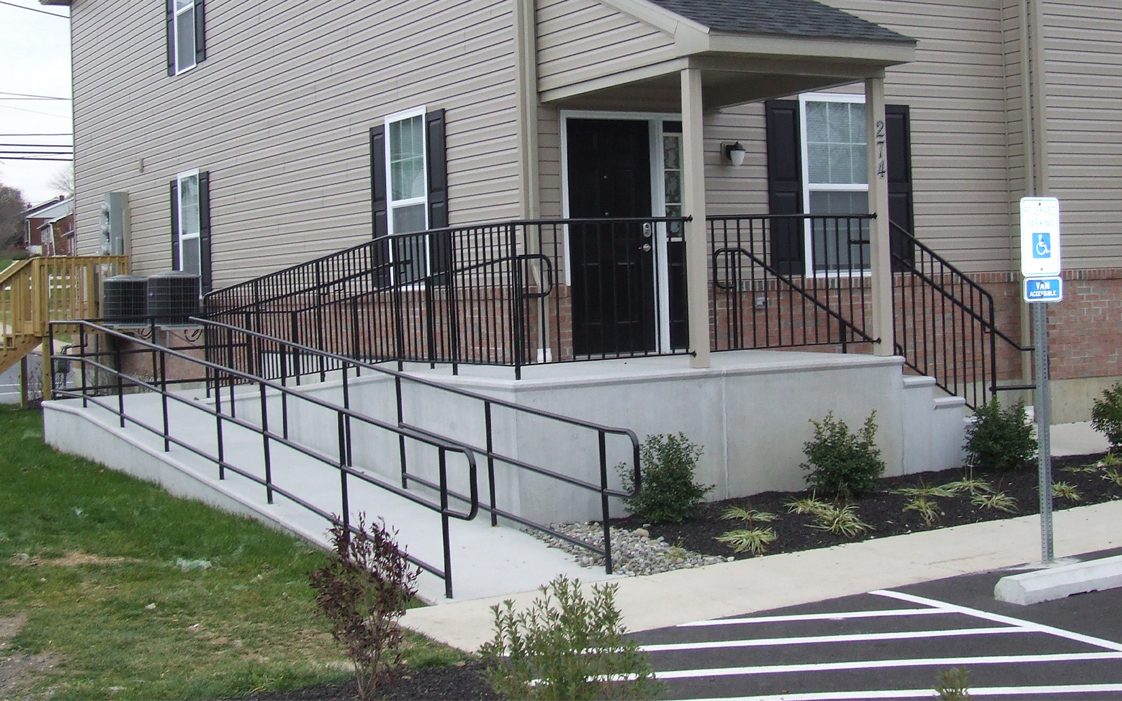 precast-concrete-ramp-steps-and-railing