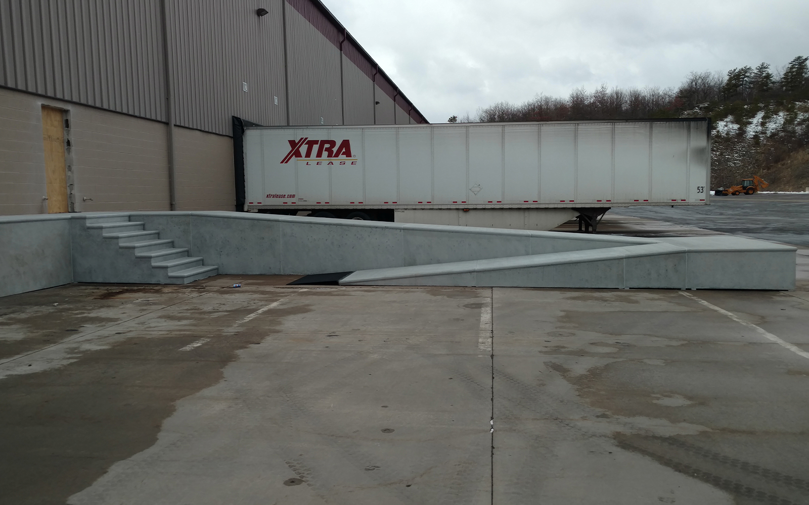 warehouse-concrete-loading-ramp